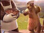 Avec une marmotte cuisinière ! ;)