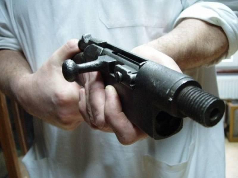أسلحة يدويةالصنع