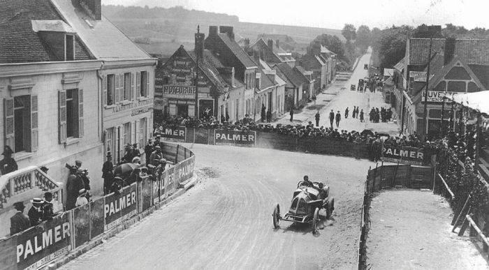 Pierwsze wyścigi samochodowe 67