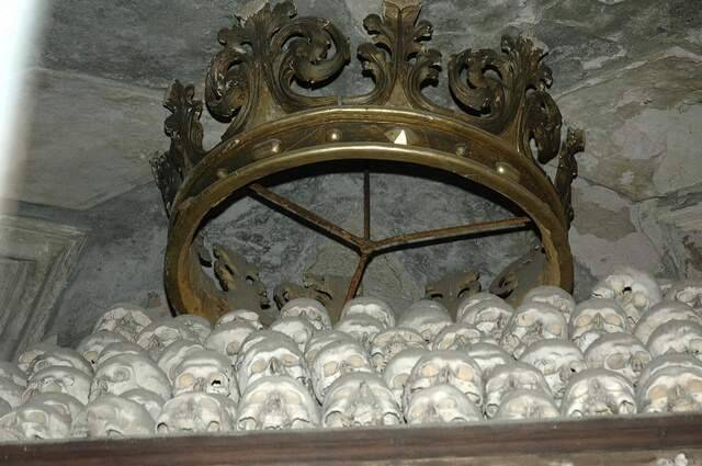 Kaplica Czaszek w Kutnej Horze 18
