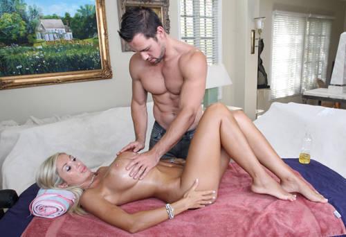 Evita Pozzi - Tits And Ass Rubbed Down - BangBros/ PornStarSpa (2012/ HD 720p)