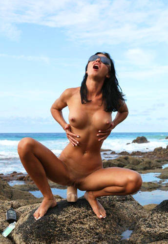 Hot Kinky Jo - Brutal Anal Experience on The Rocky Beach (2012/ HD 1080p)