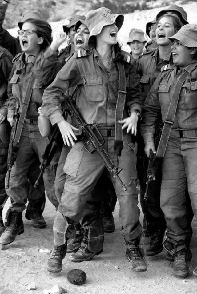 Kobiety w armii 12
