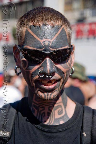 Tatuaże na twarzy 21