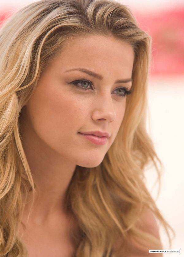 Dziewczyna dnia: Amber Heard 2