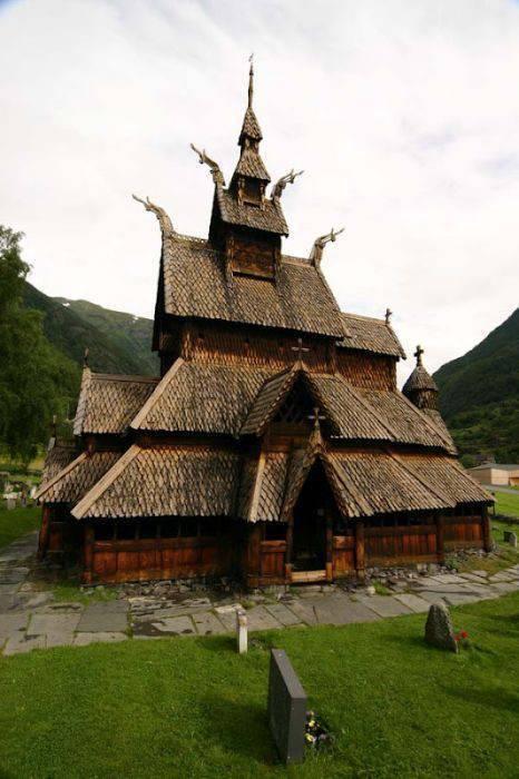 Niezwykłe kościoły 16