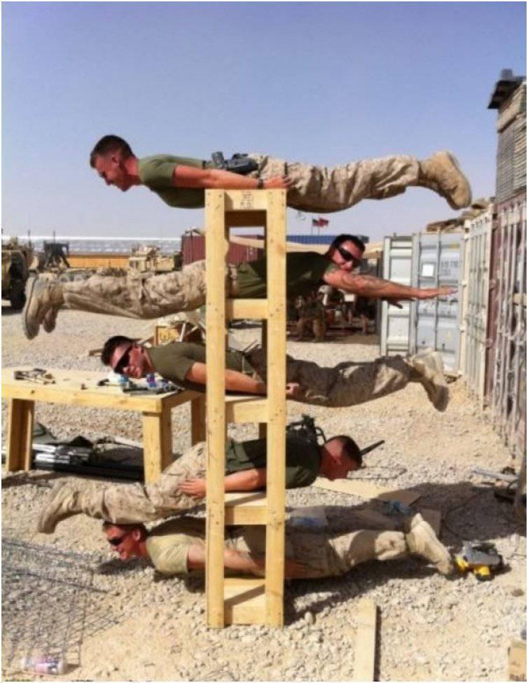 Żołnierze po godzinach 5