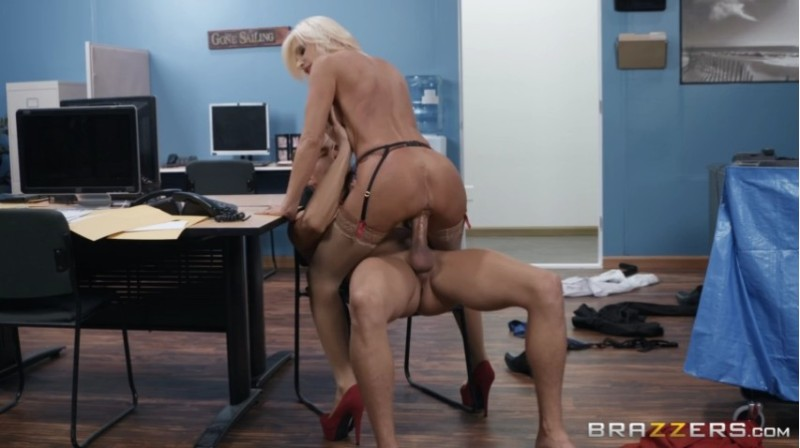 Big Tits At Work - Brittany Andrews - Mixed Message Mailboy 2018-11-07 - 480p Free Download From pornparadise.org