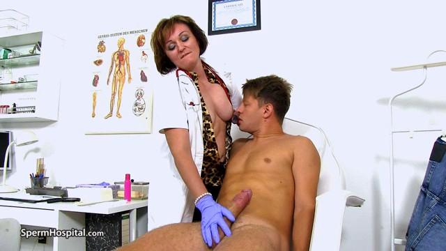 Rosa T - Czech doctor cougar Rosa big cock hj at sperm clinic-XXX