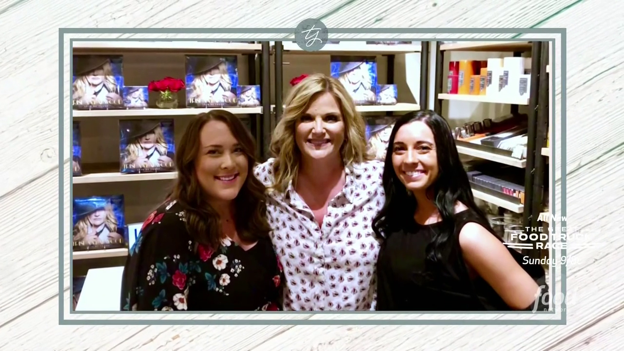 Trishas Southern Kitchen S14E09 Trishas FAN tastic Favorites 720p HDTV x264-W4F