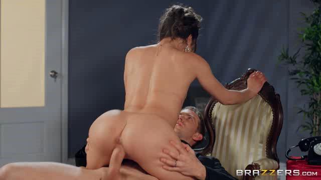 BrazzersExxtra 20 04 20 Anastasia Brokelyn Room Service XXX