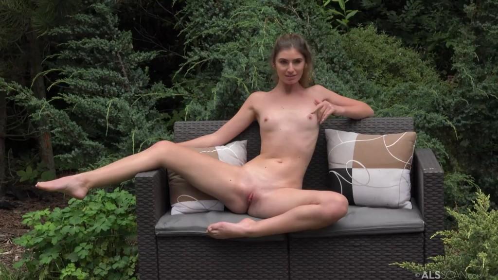 ALSScan 20 08 08 Candice Demellza Bottoms Up BTS XXX 720p WEB x264-GalaXXXy